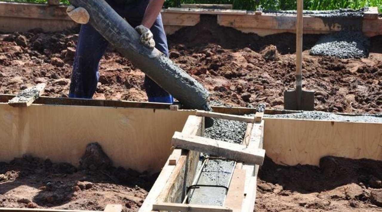 Марки бетона для ленточного фундамента: какие лучше использовать для одноэтажного дома, какая нужна для двухэтажного, цена