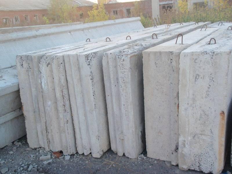 Цена на бетонные панели для строительства дома: зависит ли стоимость на стеновые плиты от размера, сколько стоят жби по регионам рф и где лучше покупать