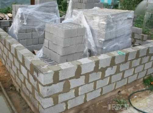 Баня из керамзитобетонных блоков: стоит ли выбирать этот вариант?