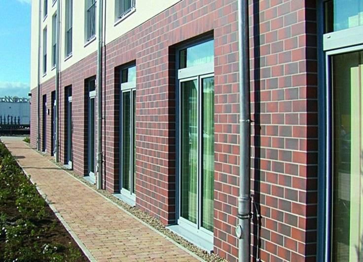 Ламинированные hpl панели для обшивки фасадов промышленных и жилых зданий