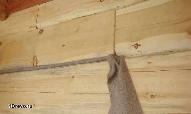 Чем и как правильно конопатить сруб дома: материалы и технологии.