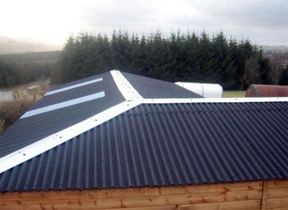 Крыша из ондулина – техника монтажа и практические советы по применению (105 фото)