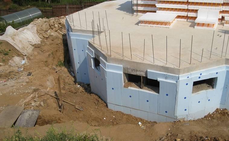 Как построить погреб под домом правильно: из чего, сколько стоит, видео-инструкция по постройке своими руками, фото и цена