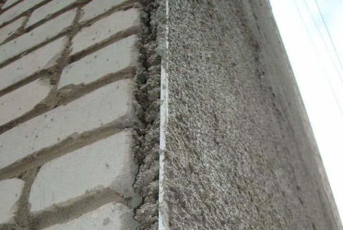 Утепление кирпичного дома снаружи: сравнение сильных и слабых сторон материалов