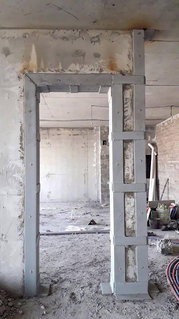 Для чего и как правильно выполняется стяжка стен кирпичного дома?