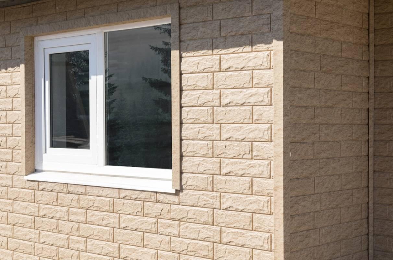 Сайдинг stone house (29 фото): цокольный материал под кирпич и под камень, песочный и красный вариант для домов, размеры и технические характеристики