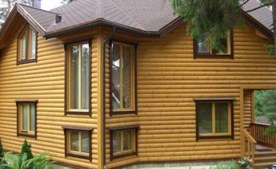 Как покрасить деревянный дом снаружи?