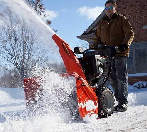 Снегоуборочная машина для дома: особенности выбора техники для дачи, рейтинг лучших снегоуборщиков. как выбрать роторный малогабаритный снегоочиститель для частного дома?