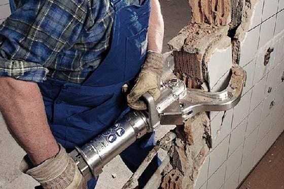 Демонтаж стен и межкомнатных перегородок — пошаговое руководство