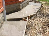 Что такое резиновая краска по бетону для наружных работ и чем она хороша