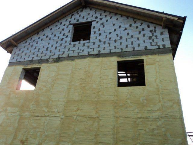 Утепление газобетона изнутри: необходимость, способы, материалы