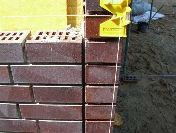 Описание наборов каменщика для кладки кирпича