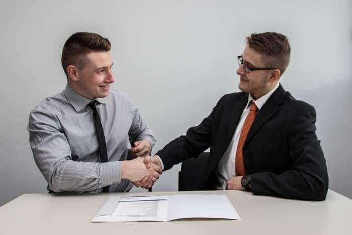 Услуги нотариуса по оформлению договора купли-продажи