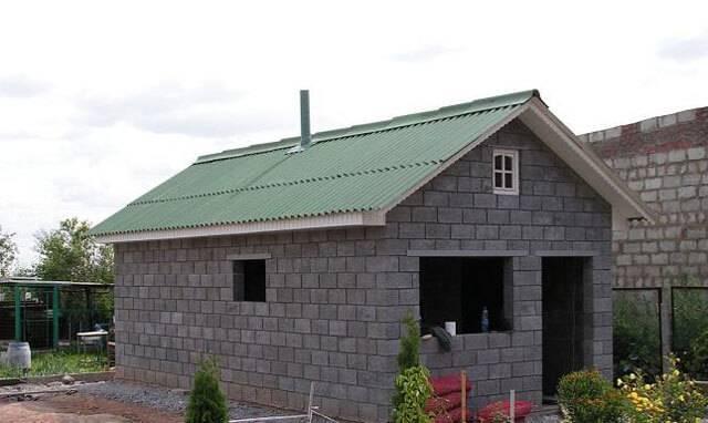 Баня из блоков керамзитобетонных: преимущества, схемы, этапы строительства
