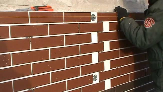 Фасадные термопанели (71 фото): для отделки фасада дома с утеплителем и клинкерной плиткой, панели для наружной обшивки российского производства, отзывы о теплоизоляционных свойствах материала
