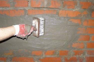 Кирпичная кладка наружных стен: расценка в смете, нормативы снип и сп, требования к кирпичу, марка раствора, возведение стенок при высоте этажа до 4 метров