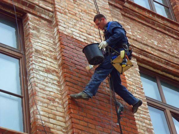 Гидрофобизация фасада: технология проведения работ