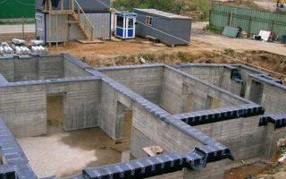 Из чего лучше строить дом: краткий ликбез по материалам