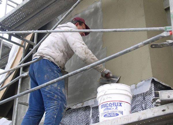 Цементно-песчаная штукатурка: отделка стен цементно-песчаным раствором и состав штукатурной смеси для внутренних работ, характеристика материала «старатели»
