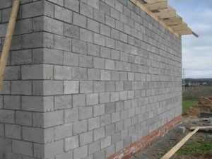 Требования к толщине стен из керамзитобетонных блоков