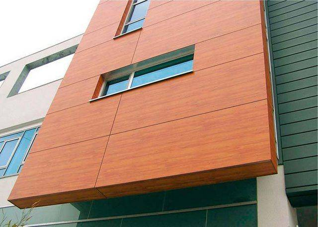 Композитные алюминиевые панели: характеристики фасадного материала