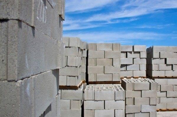 Клей для блоков: критерии выбора