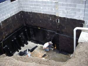 Вертикальная гидроизоляция стен подвала изнутри: виды, материалы, как сделать самостоятельно