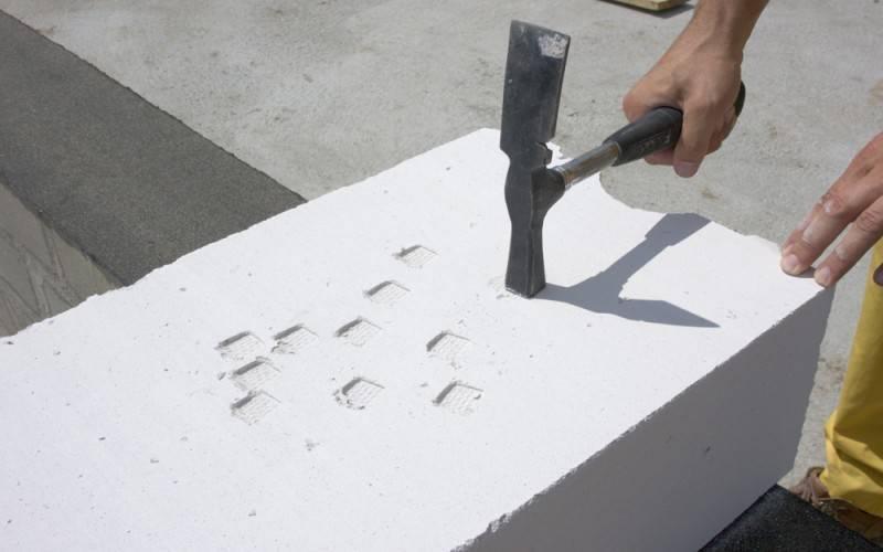 Плюсы и минусы газобетонных блоков: каковы преимущества и недостатки, опасно ли строить из газоблока и почему материал может быть вреден для здоровья, отзывы
