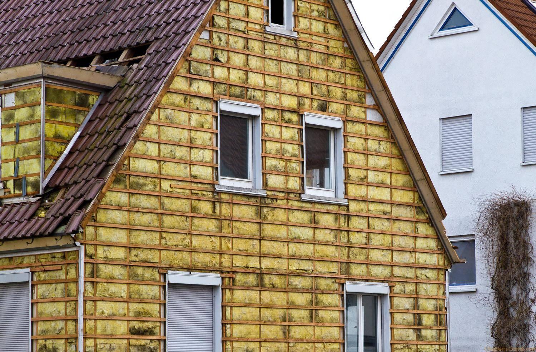 Чем обработать брусовой дом снаружи: типы антисептиков, выбор состава и обработка постройки