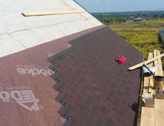 Какой минимально допустимый угол наклона крыши из металлочерепицы и как выбрать оптимальный?