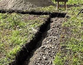 Копка траншей вручную: цена за погонный метр, расценки за рытье траншеи вручную под водопровод, фундамент, сколько стоит выкопать яму под канализацию