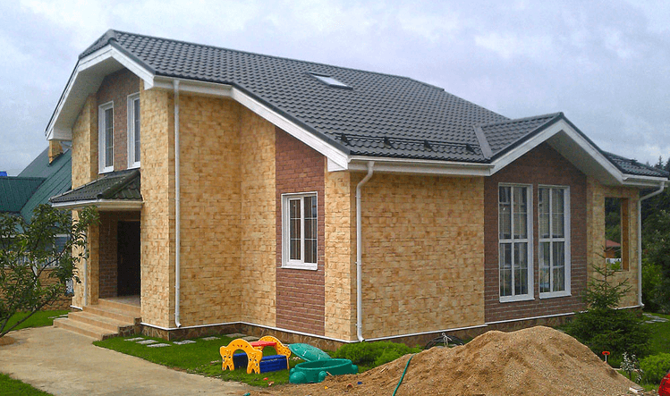 Загородные дома, возведенные по каркасно-панельной технологии: разновидности, плюсы и минусы, ограничения