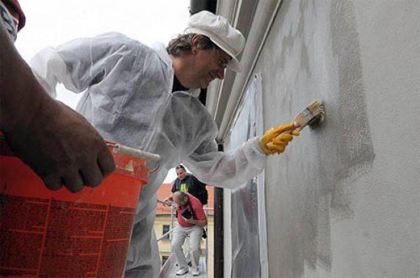Фасадная морозостойкая краска для наружных работ: зимняя атмосферостойкая краска для минусовых температур