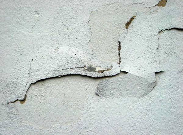 Ремонт штукатурки стен отдельными местами: пошаговая технология