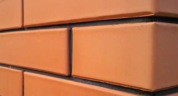 Клинкерный кирпич (112 фото): что это такое? размеры облицовочного и декоративного белого полнотелого клинкера, его применение в интерьере