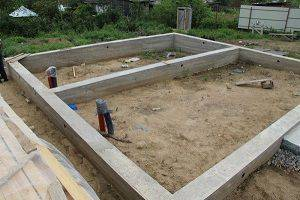 Мелкозаглубленный фундамент: подходящий грунт и правила монтажа