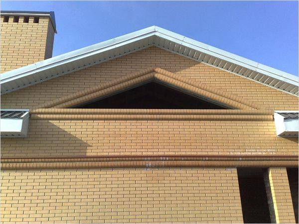 Высота крыши по соотношению к ширине дома и как рассчитать высоту конька для различных типов кровли