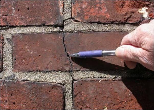 Ремонт и восстановление кладки при деструкции. ремонт швов кирпичной кладки