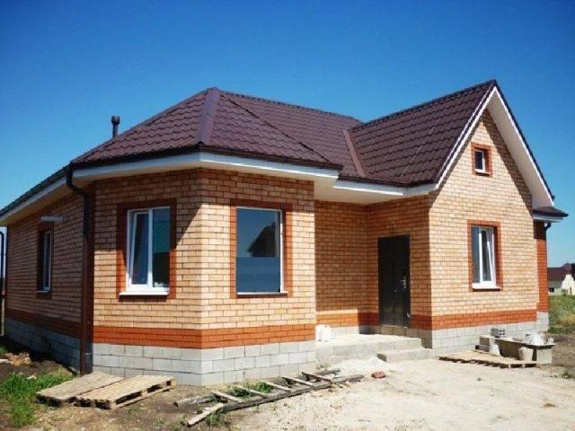 Эркерные дома (70 фото): проекты домов с двумя эркерами и гаражом, план мансардных коттеджей и других домов