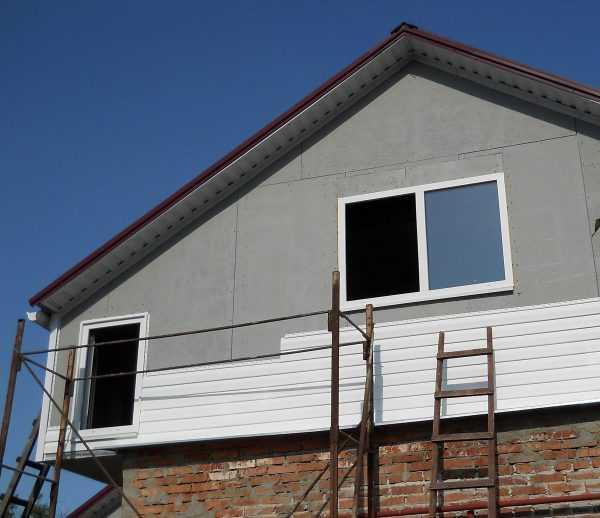 Долой посредственность: отделываем фронтоны дома