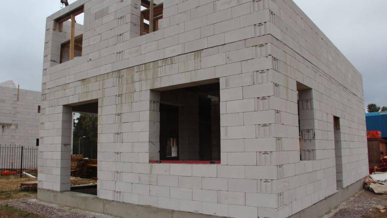 Выбор материалов: чем утеплить стены дома из газоблока снаружи и изнутри?