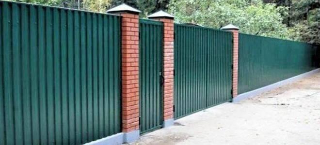 Фундамент под забор из профнастила - всё о воротах и заборе