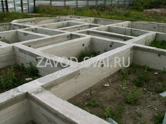 Инструкция по самостоятельному возведению ленточно-свайного фундамента для дома из пеноблоков