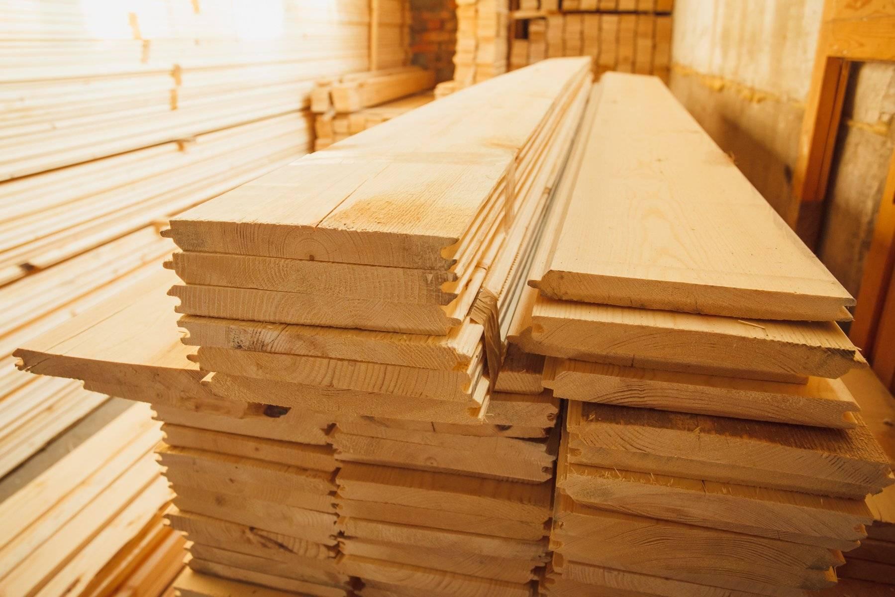 Сухой профилированный брус:  камерной и естественной сушки, производство бруса, 200х200, 150х150 и других размеров, плюсы и минусы