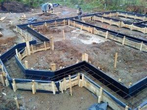 Стоимость ленточного фундамента для дома 6х8, из чего складывается цена и сколько стоят материалы, необходимые для строительства