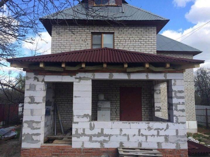 Пристройка к дому из пеноблоков: пошаговая инструкция