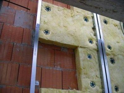 Утепление фасада дома снаружи: теплотехнический расчет, выбор утеплителя и правила монтажа