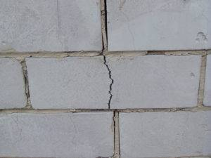Анализ причин возникновения трещин и способы ремонта кирпичной кладки - самстрой - строительство, дизайн, архитектура.