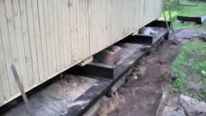 Свайно-винтовой фундамент: что это такое, долговечность винтовых свай, возможность установки в воду, возведение основания под дом, сарай, веранду