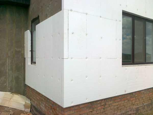 Утепление фасада дома снаружи: теплотехнический расчет, выбор утеплителя и правила монтажа - строительство и ремонт